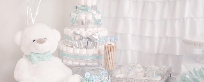 Il regalo che fa felici tutti: la torta di pannolini usa e getta